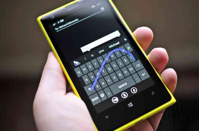 Shape_keyboard_Windows_Phone81