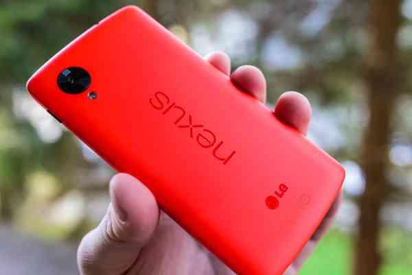 Nexus5_Red-1