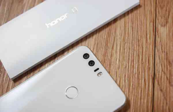 Huawei-Honor-8-mobile-10